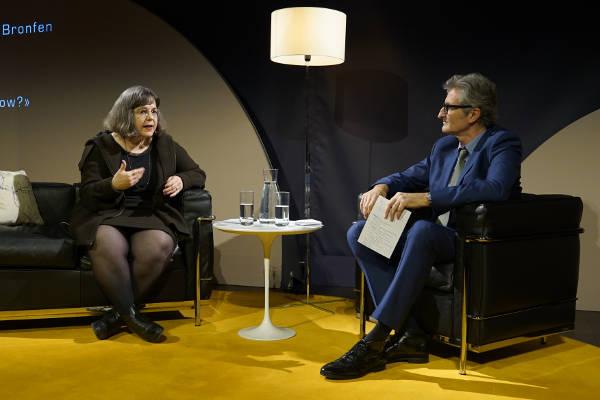Prof. Dr. Elisabeth Bronfen sprach bei KKL Impuls über die Wahl Donald Trumps